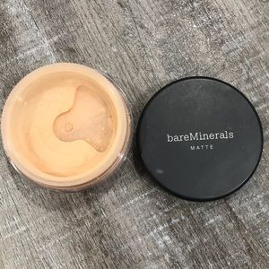 Used Bare Minerals Matte Foundation - Fairly Light